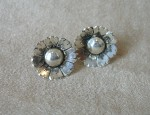 Ernie Marsh – Flower Earrings