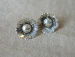 Ernie Marsh – Flower Earrings